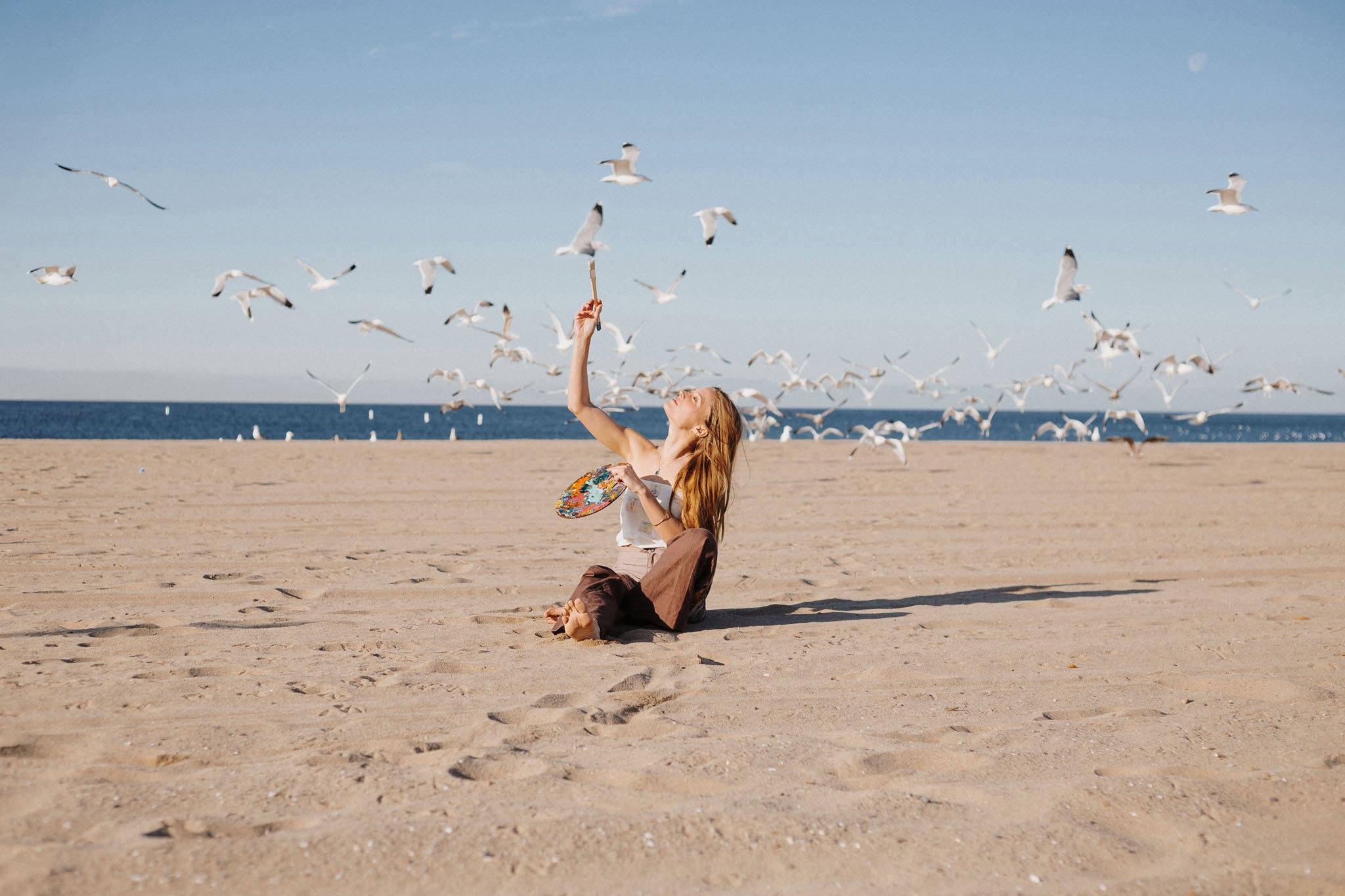 Lifestyle Portrait Fotoshoot mit Vijessna Ferkic in LA. fotografiert von Farina Deutschmann